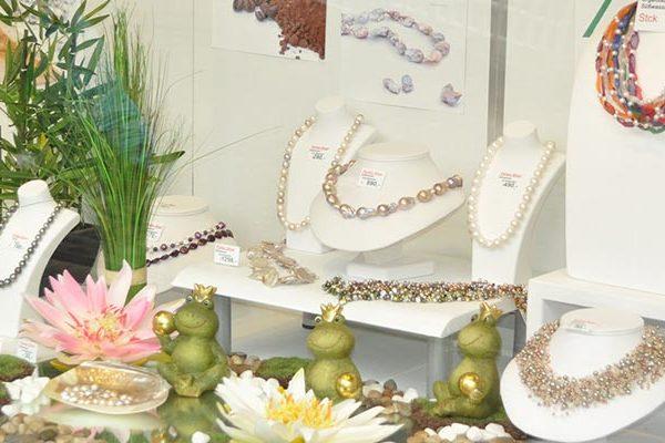 Schaufenster der PerlenWelt